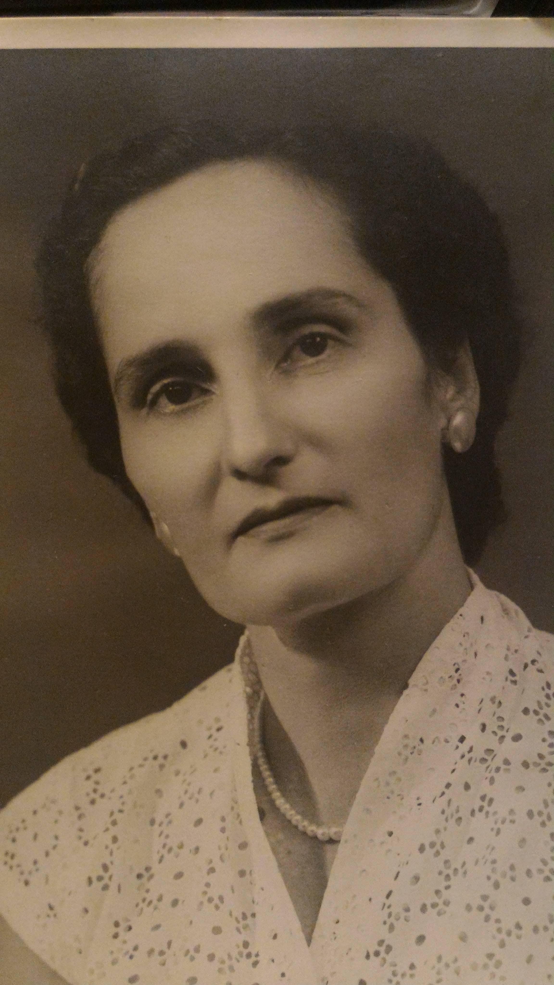 Eliane Hoareau (notre grand-mère paternelle)