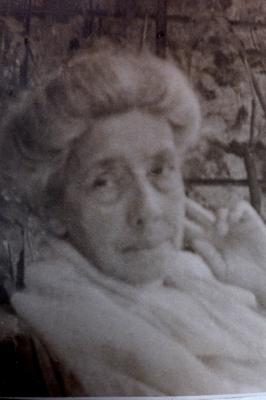 Jeanne-Anaîs de Lanux en 1920, la mère de Pierre de Lanux